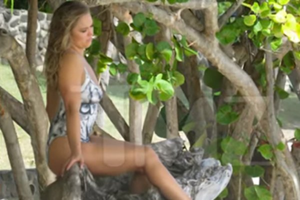 [PICS] Ronda Rousey's Nude In Body Paint In First Official ...